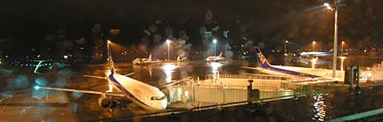 真夜中の羽田空港
