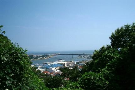 日和山公園から北上川河口を望む(2000)
