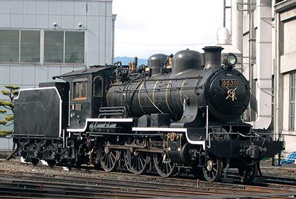 86形蒸気機関車