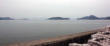 三津口湾と柏島