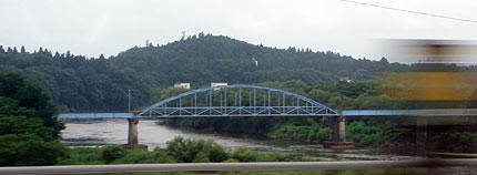 新幹線から望む物見崎