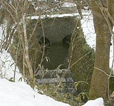 発電所跡水路