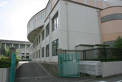 衣笠小学校