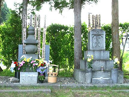 宮澤家の墓および賢治の墓