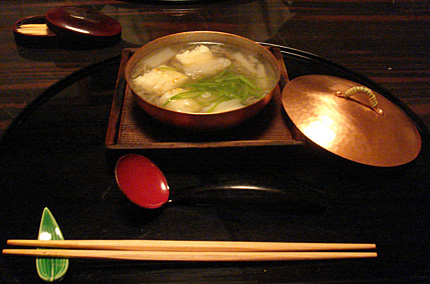 鱧と蓴菜の鍋