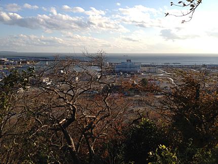日和山公園から北上川河口を望む(2011)